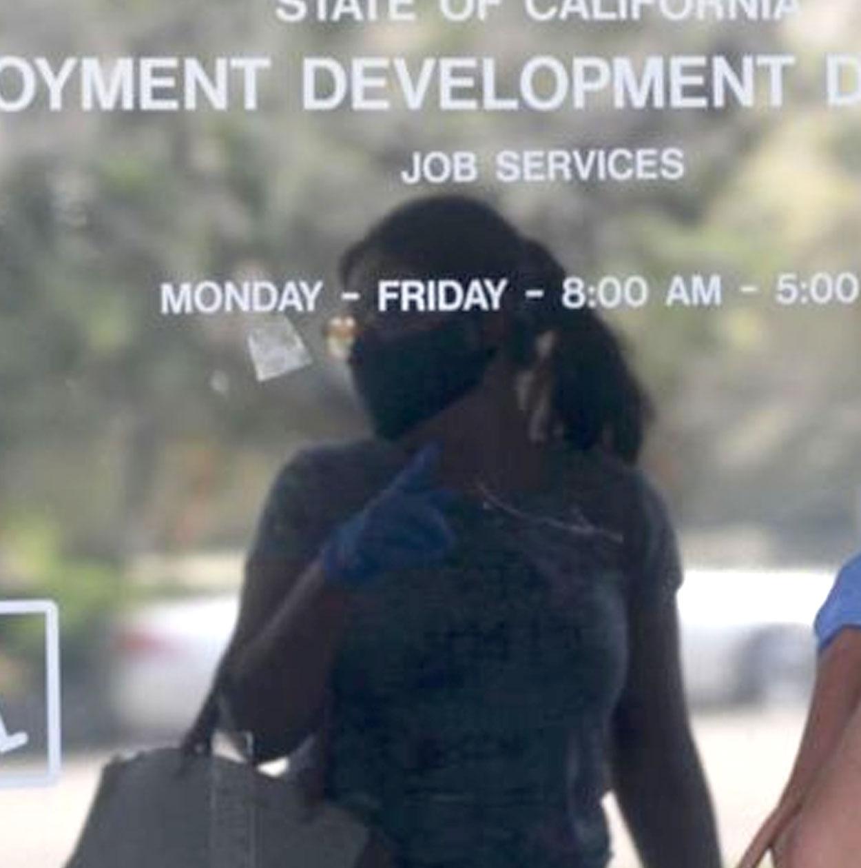 Cae sorpresivamente el desempleo en Estados Unidos. Comenzó la recuperación post-corona virus?